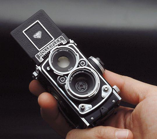 APN Rolleiflex MiniDigi AF 5.0, avec un design très rétro