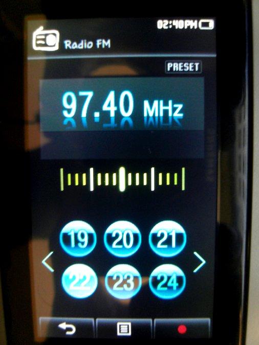 Photos du PMP (Baladeur Multimédia) Samsung Yepp YP-P2 34