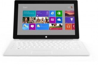 Microsoft Surface - Windows RT (ARM) & Windows 8 Pro (Intel) 01