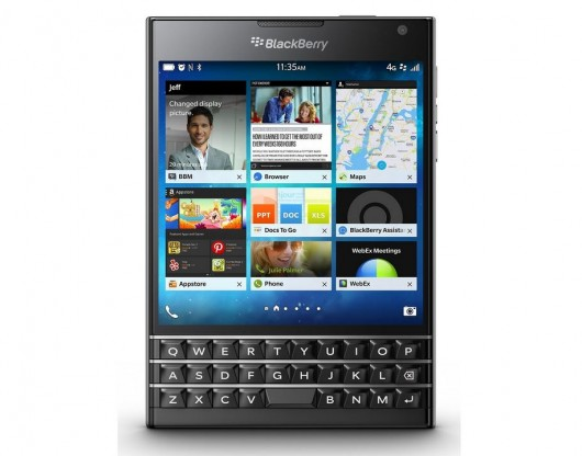 BlackBerry Passport 01