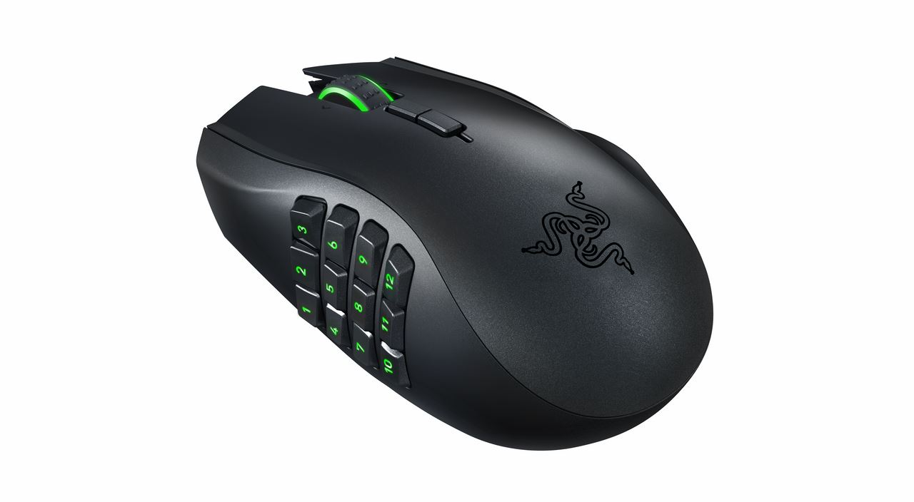 Razer Naga Epic Chroma 03